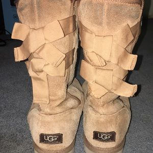 Brown, Tall, Chestnut bow tie uggs
